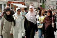 Muslim Population in EU Countries to Grow by 2050