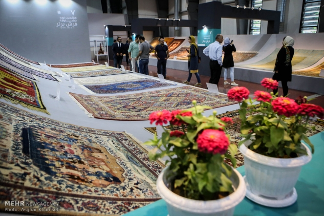 Natl. Crafts Exhibition opens in Tehran