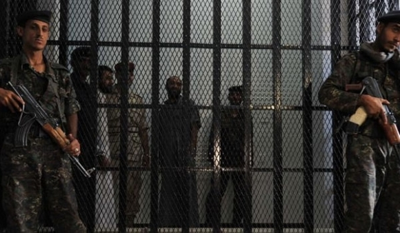 Bahrain: Prison Guards Raid Inmates after Hunger Strike